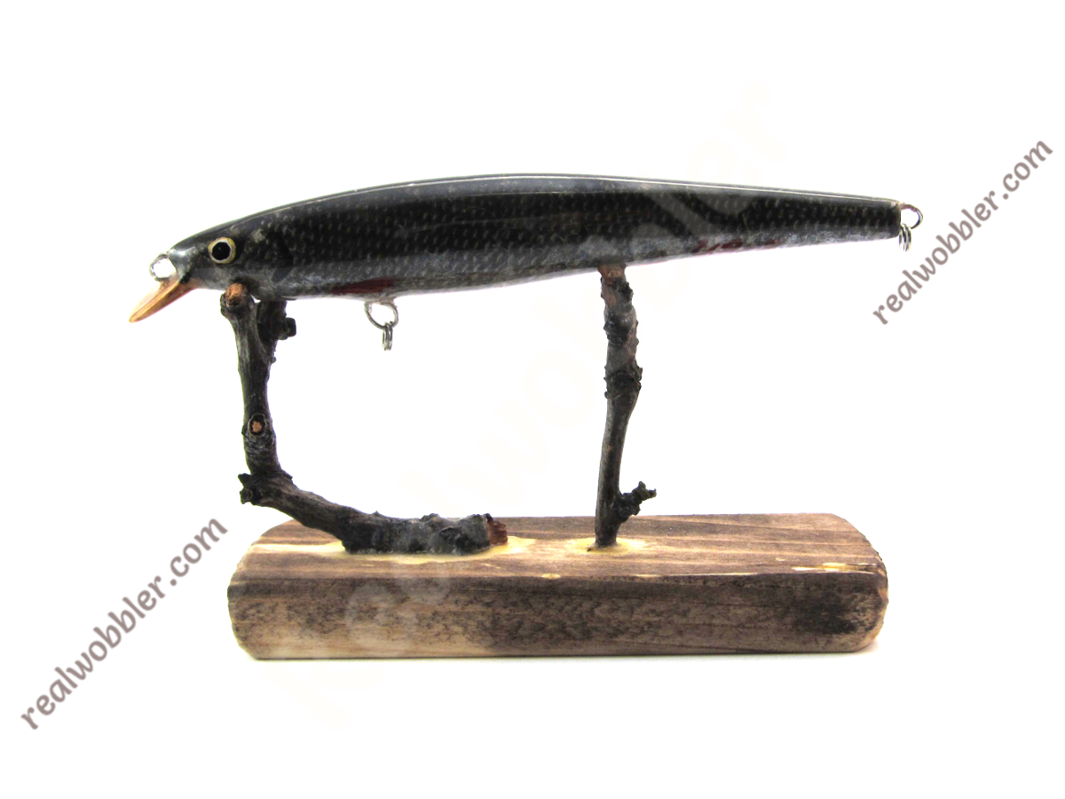 Best lure for pike fishing handmade with real fish skin for Fishing for pike